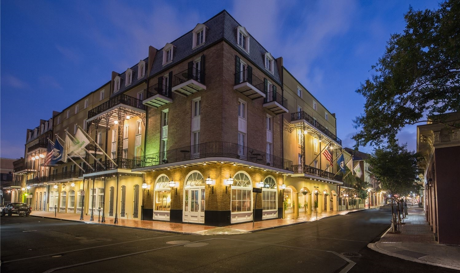 Chateau LeMoyne - French Quarter, A Holiday Inn Hotel